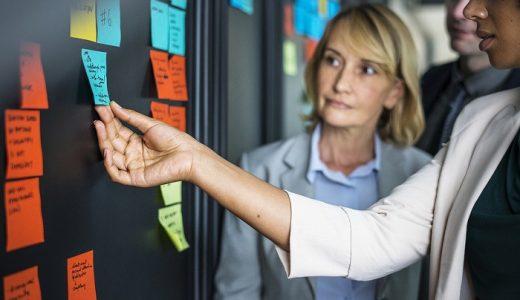 派遣とアウトソースの使い分け方を理解することで業績は変わる!
